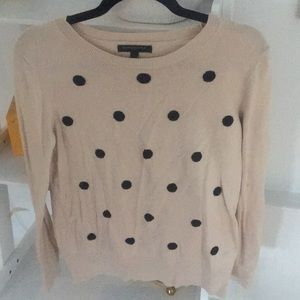 BANANA REPUBLIC cream sweater w black polka dots